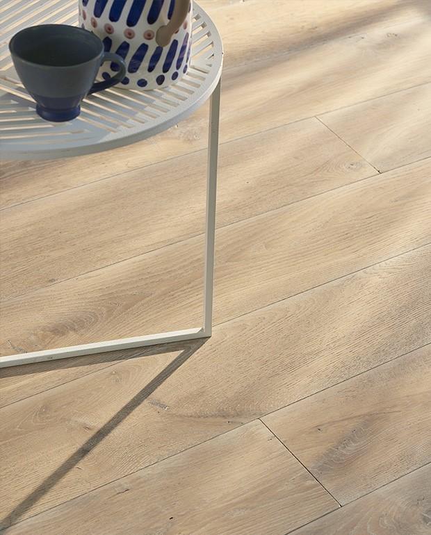 Plancher Chêne Semi-Massif N°7  15/6x190 mm Huilé Brossé