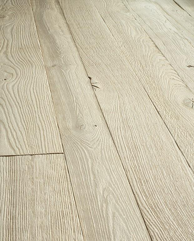 Plancher Chêne Vieilli Semi-Massif Ecume 15/6x170 mm Verni