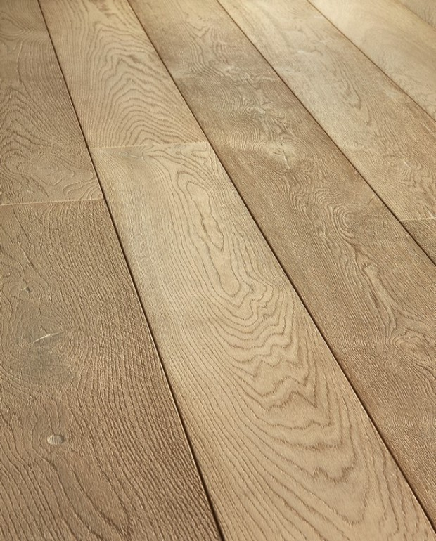 Plancher Vieilli Chêne Semi-Massif C30 16/6x180 mm Huilé Brossé